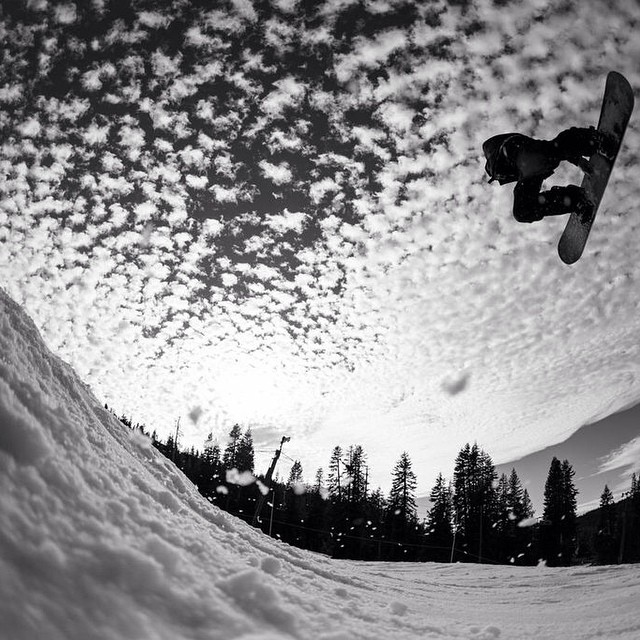 A dope photo of @brentoftedal by @paulheran from @borealmtn @woodwardtahoe #flux #fluxbindings #snowboard #snowboarding ❄️