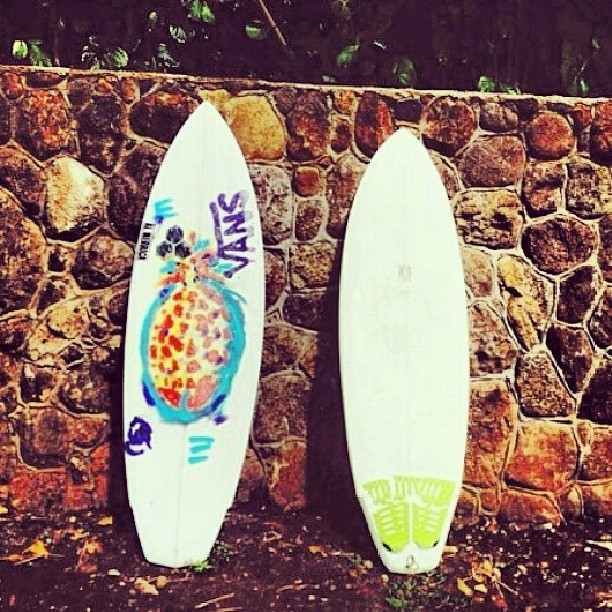 Re post de @tannergud. Momento de un poco de #SurfVans!