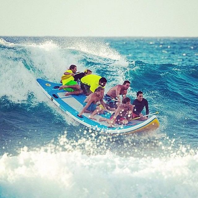 Party wave! Who wants on? @whoisjob,@poopiesgram,@jake_of_all_trades, @damienphotos808 ,@kalooneytunes, and @tahuraihenry