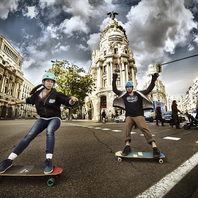 @valeriakechichian & @ormastyle shot by @noelia_otegui in Madrid's Gran Via. Rad shot!  #longboardgirlscrew #girlswhoshred #madrid #granvia #valeriakechichian #imanolormazabal #ormastyle #noeliaoteguifotografia