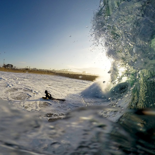 Team rider @dkwars pulling into a sick barrel. Not too sure how this ride ended for him, but we bet it was a good one!