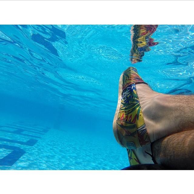 Underwater feet selfie! #regram @handelkite #Dreamjumper traveler & kitesurfer David Tonijuan #Paezshoes  #instalike