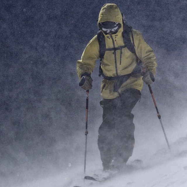 @lonesomepony fighting through the storm in the Higgins Jacket. PC: @dougtheskier #embracethestorm