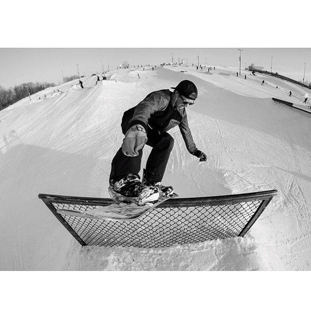 Team rider from #Minnesota @caseypflip❄️#FrostyHeadwear #Snowboarding #FrostyVision❄️