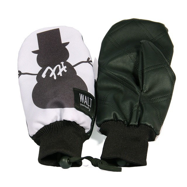 Walt Snowboarding x Frosty Headwear collaboration #Mittens now on sale for $65. Sale ends tomorrow night 8PM CST #FrostyHeadwear #WaltSnowboarding #Snowboarding #Skiing