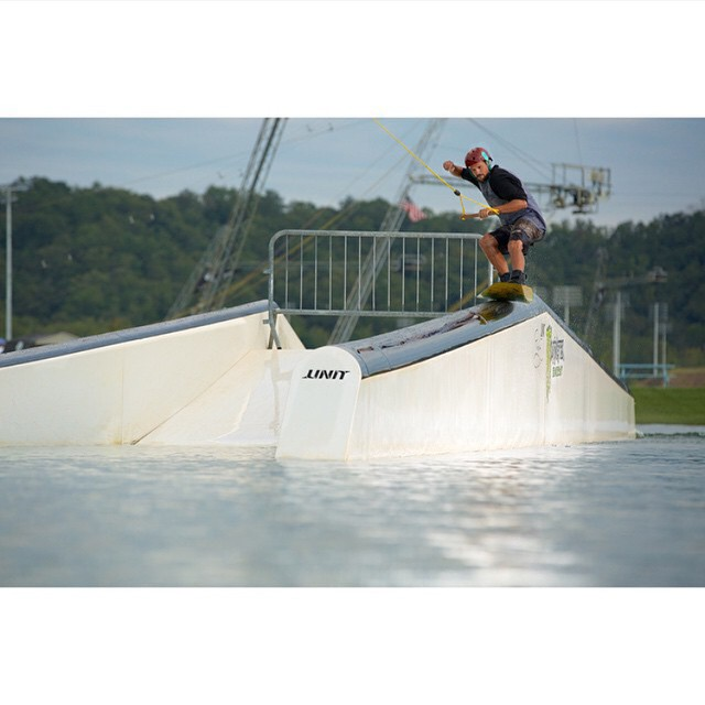 @jefferson_mathis getting creative @terminuswakeatl #tailpress #shredsesh