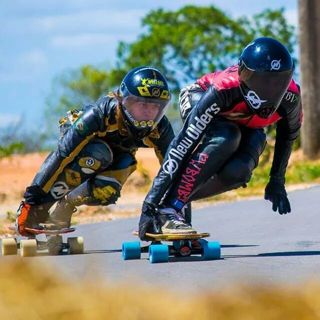 @georgiabontorin and Bianca Fior enjoying some tight runs. Shot by Luciano Lima Jr. Photography.  #longboardgirlscrew #girlswhoshred