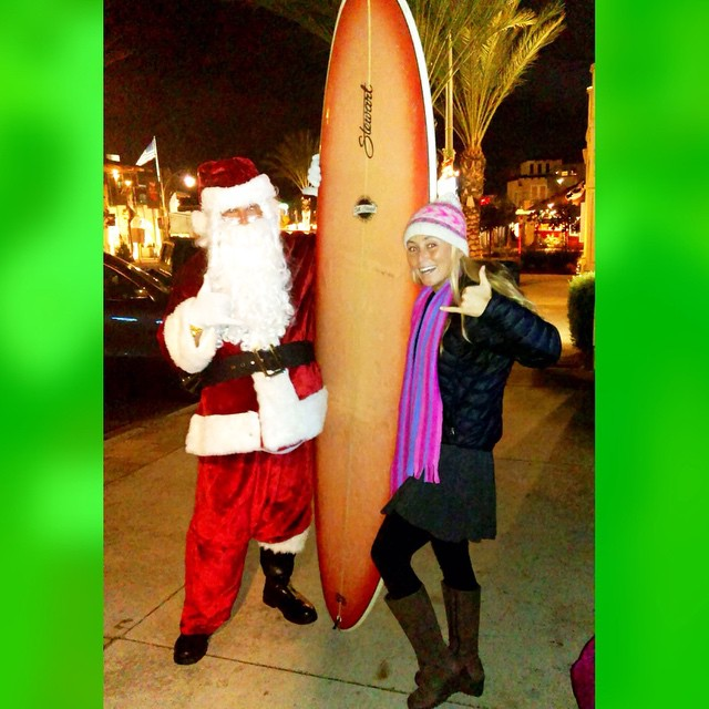 I ran into Santa last night and he gave me a surfboard for my mommy! #gangsterstanta Thanks @sbrutsch for capturing the moment...although in hindsight I should have had HIM sleigh it to Hawaii cuz now I gotta get it home:)