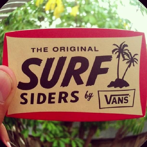 HOY!! Lanzamos la línea #SurfSiders en con un evento de Surf en la ciudad. ProyectamosThe Ductumentary, tocan los Heladeros del Tiempo, @flordepampi estará presente con su arte en vivo y las cervezas Grolsch hidratarán el fin de tarde... que más se le...