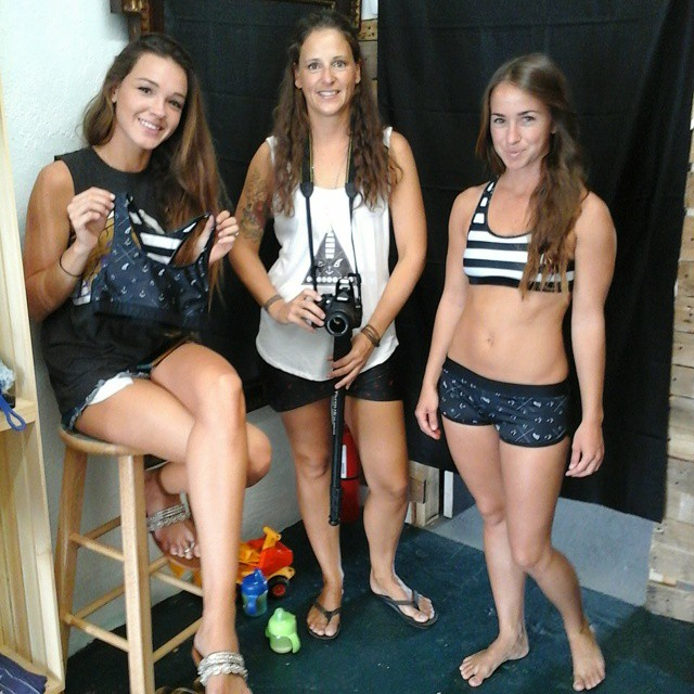 Prepering  the  Fashion Show at #AkelaSurf  Boutique  Summer Stevens, Annie  Gagne, Amanda  Giberson