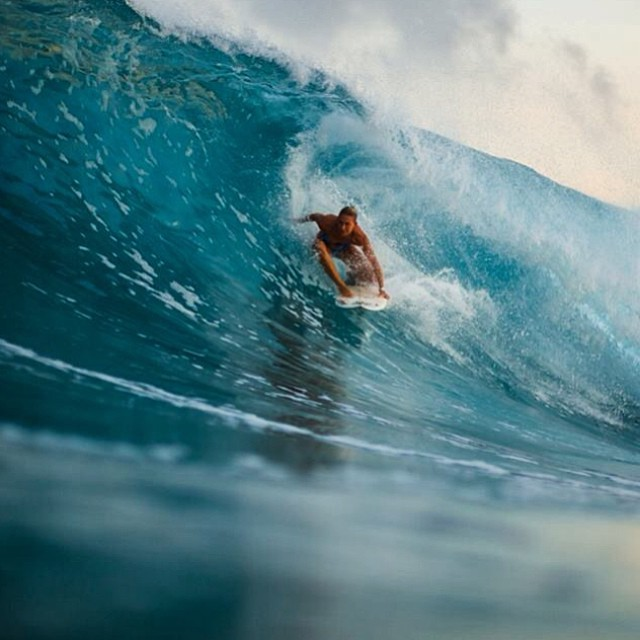 @amy_kotch getting some #barrel time in her #odina #bikini -- #cybersale shop.odinasurf.com/c/cyber-sale