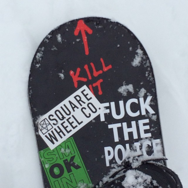 Tahoe has snow!! First day on this @yobeat / @smokinsnowboards colab board #forridersbyriders #HandMadeLakeTahoe #OK