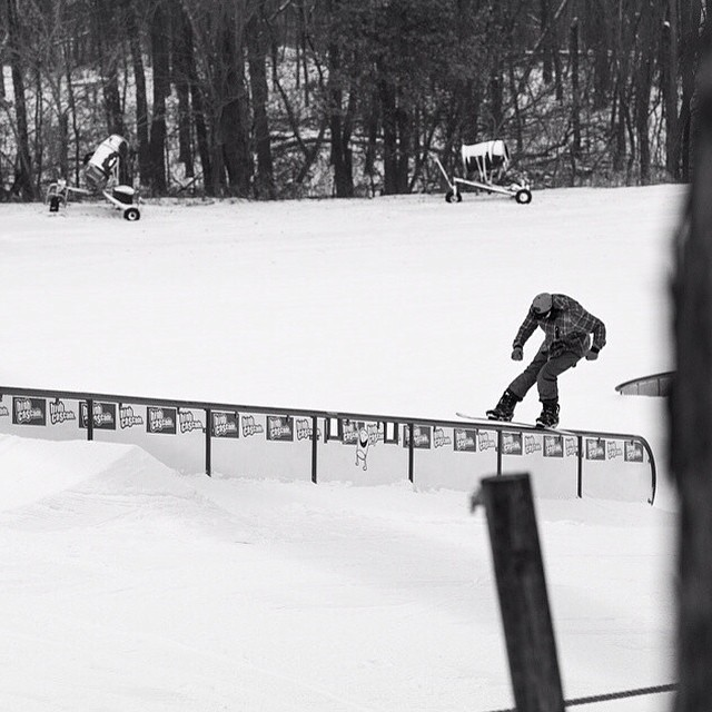 Austin Young @younastin is riding Flux Bindings and looking as smooth as ever at Trollhaugen @trollhaugenparkcrew ❄️