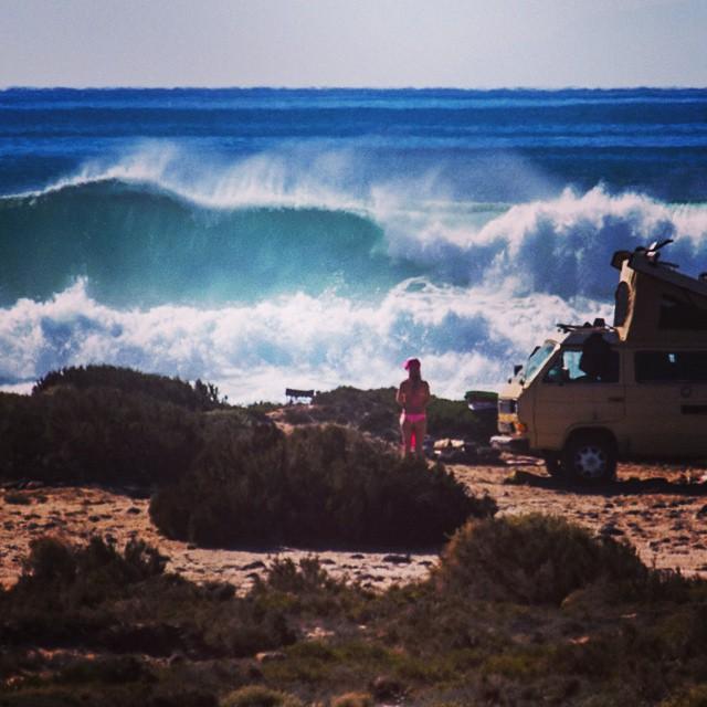 Last week, somewhere in Baja. @alisonsadventures @surfisswellbro @surfisswell @timmmy_c #surfisswell