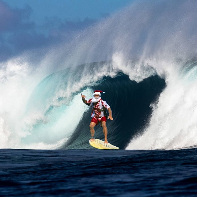 All I want for Xmas is waves:) Well maybe not this wave...You? #SantaCloseOut