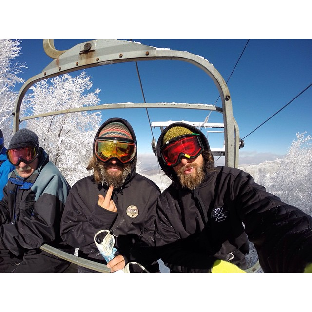 Nothing like frozen beards and homie chairlift selfies // @seedsaver and @hot_dang doing some R&D on the new h2o weather resistant hoodies // an essential for this winter! #stzlife #frozenbeards #happyshredding #stayoutside #staydry #sendit...