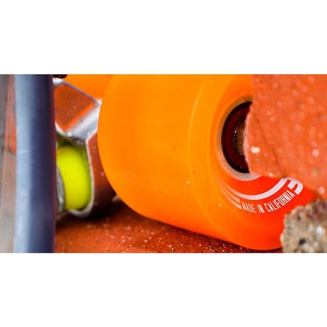 100% Clear. 100% California. #jellyskateboards #jellylife #skatewheels #madeincalifornia