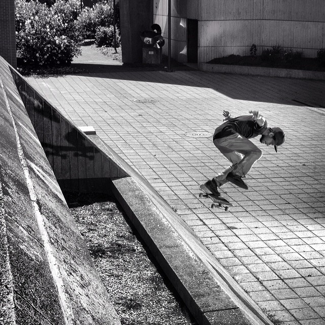 @rickyapontephoto shot of @devincolon #bsflip from #issue33 #steezmagazine #skateboarding