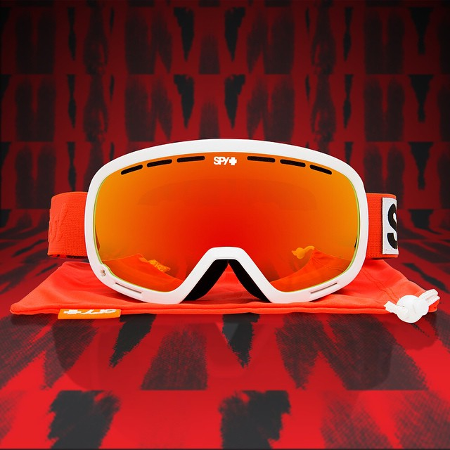We're happy to offer firm support of @keepabreast with the SPY + #KeepABreast Marshall snow #goggle.  Donating a portion of each sale to KAB's cause, grab a pair now through the link in our profile!  #SEEHAPPY