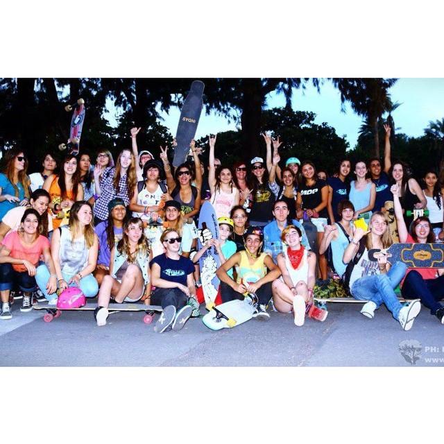 ARGENTINA! Mañana repetimos esto. Se viene el II South America Girls Meet en el Rosedal de Buenos Aires a las 15h. Clinics, juegos, musica, risas, premios y nuevos amigos. #LGC Arentina, Uruguay & España juntas!  Gracias @loadedboards @orangatangwheels...