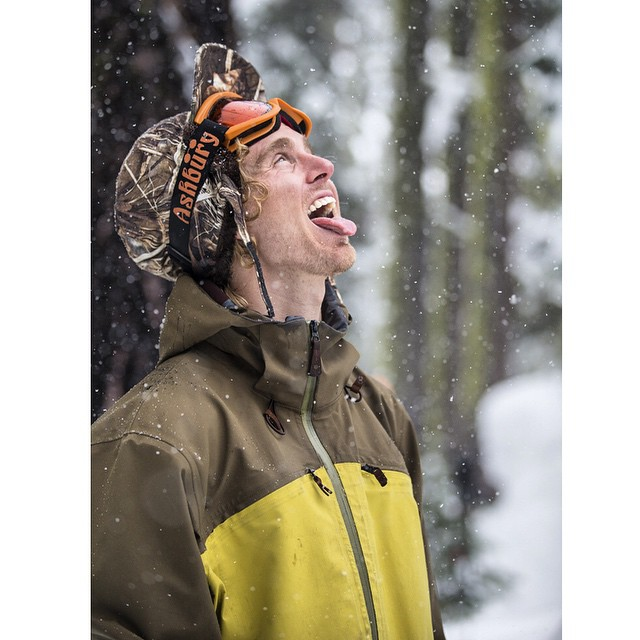 The snow keeps falling in #Tahoe and @curtiswoodman is hyped! Let the weekend pow begin. #WinterIsHere #FirstTracks | Peak Jacket / 20k made from #Recycled Polyester , stretch dobby. BombProof! #MindfullyManufactured ♻️ @borealmtn