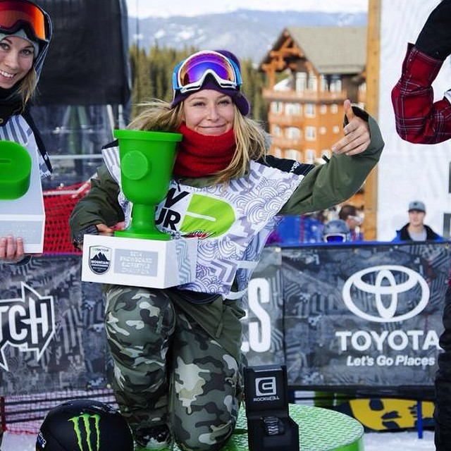 CONGRATS to #TeamB4BC rider @JamieAnderson for winning the Slopestyle Finals today for #DewTour at @breckenridgemtn!! Just the #inspo we need to get shredding this weekend... #behealthygetactive