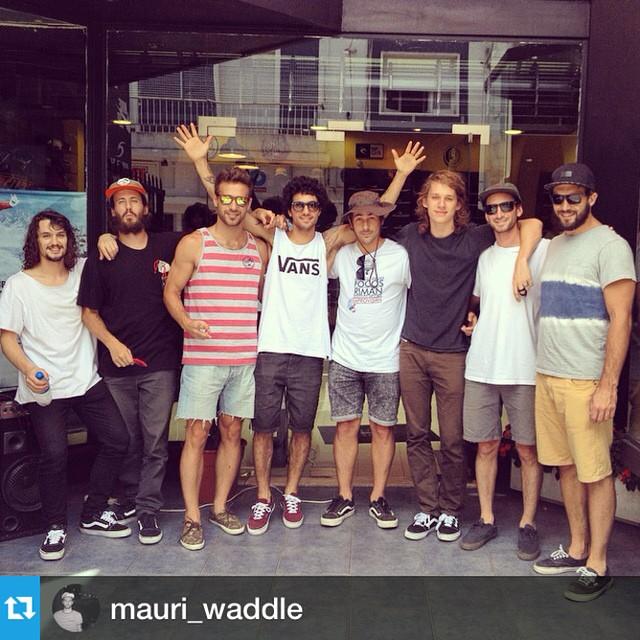 #Repost from @mauri_waddle ・・・Hola, San Nicolás. En un rato se viene la demo de skate con el team @vansargentina