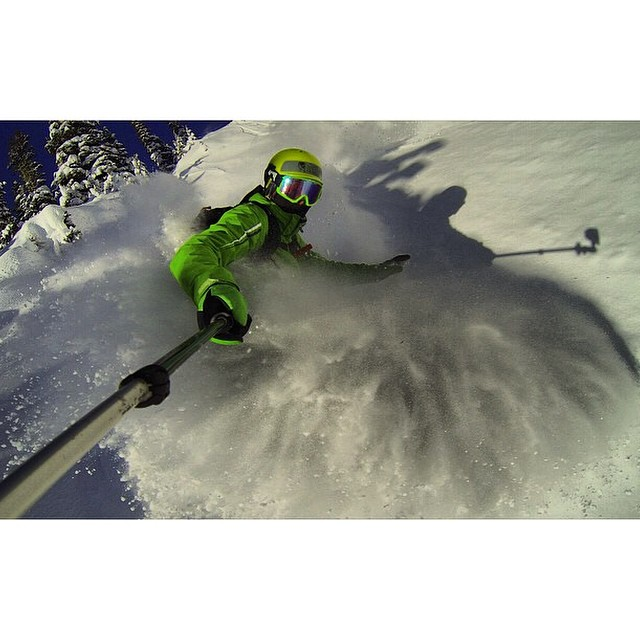 Team rider from #BritishColumbia #Canada @goldenrider420❄️#GoPro #FrostyHeadwear #Powder #Snowboarding