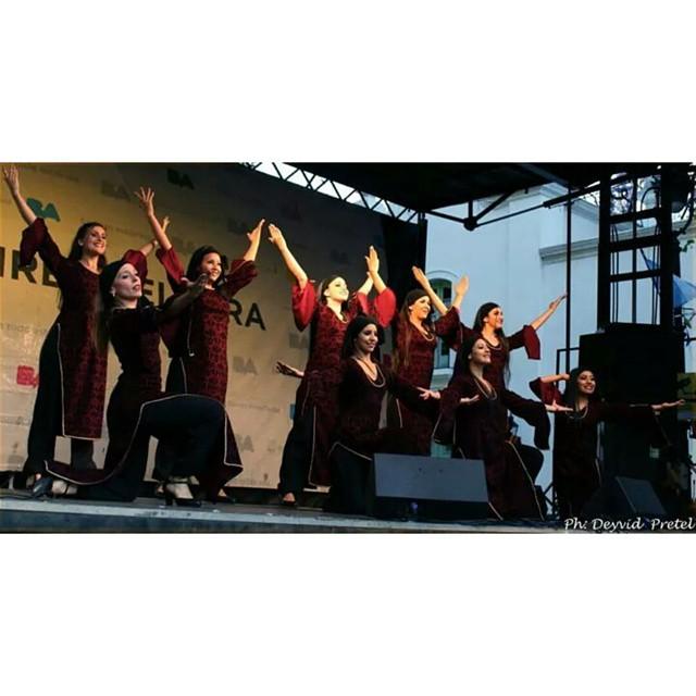 Una de las cosas que más amo, es que nadie me quitará lo bailado. #balletdedabkeclublibanes #celebralibano14 #Dabke #Danza #Pasion #amarlos