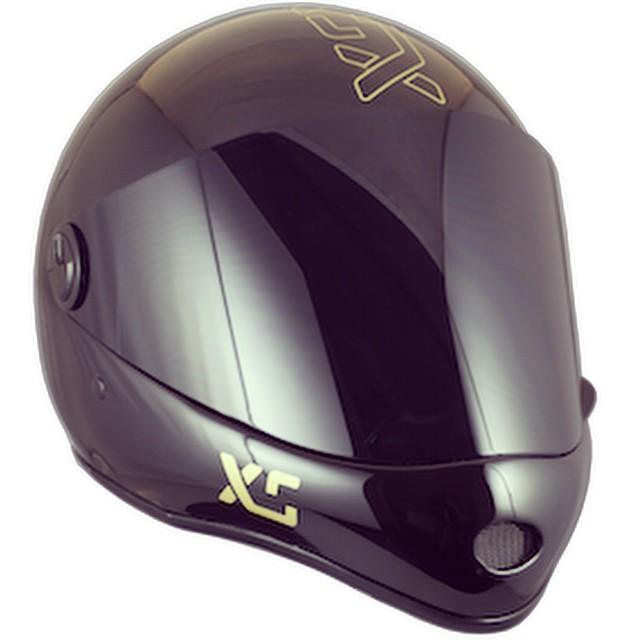 XS x Predator DH6 #blackandgold  available Spring 2015 #downhill #longboarding #forgirlswhoshred #fullfacehelmet