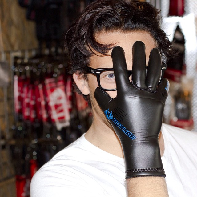 More fantastic holiday gift ideas modeled by @deadendkid #Gloves