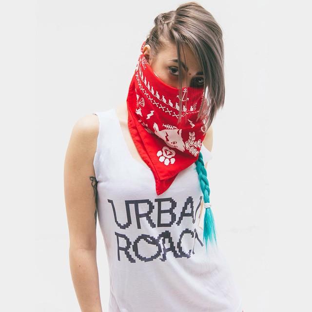 UR gilr #bandana #red #cool #cat #urban #urbanroach #fashion #design #moda #mode #style #look #pixelart #pixel