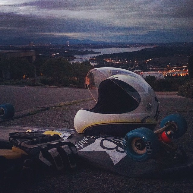 #regram from team rider @speedscientist showing off his awesome set up with a rad back drop! Mmhmm that carbon robot special tho... #radwheels #riderapproveddesigns #aeratrucks #dblongboards #dbrobot #Longboarding #views #scenic #seattle #skatethewinter