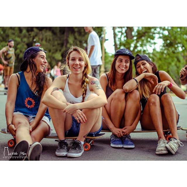 The II South America Girls Meet in #buenosaires gathered riders from Argentina, Uruguay, Brasil, Colombia & Paraguay. Thanks everyone for showing up and having fun! Full report coming soon.  Big thanks to @loadedboards @orangatangwheels @hawgswheels...
