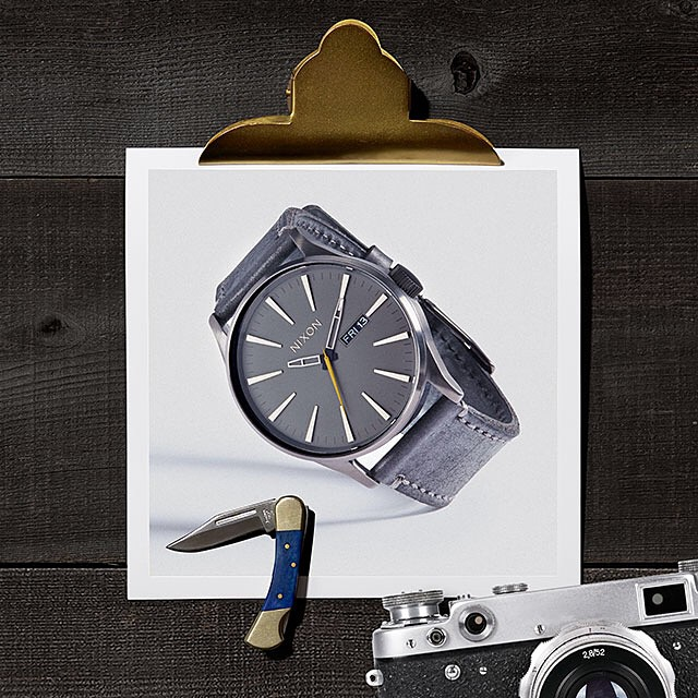 Classically good-looking.  The Sentry Leather featured in the Nixon Holiday Gift Guide. Get gifting with FREE shipping and returns now on nixon.com. #nixonholidaygiftguide #thesentryleather #nixon