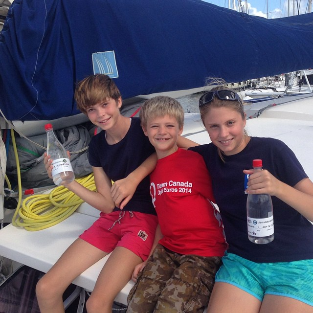 Meet ASC adventurers Teddy (14), Basil (8) and Helen (12). This team of siblings collected samples for the #ASCMicroplastics project while sailing across the #Atlantic with their family.