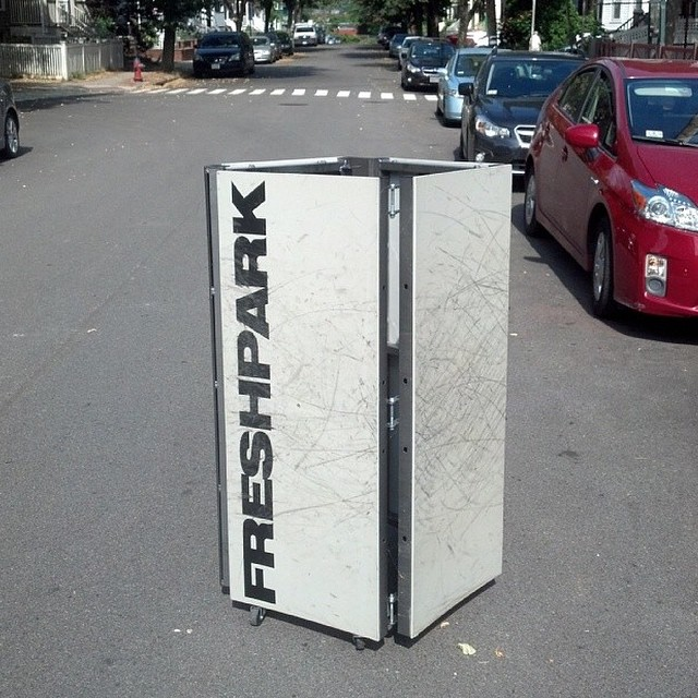 Freshpark Obstacles are foldable, portable, and easy to store! #freshpark #skate #ramp #quarterpipe Repost by @skatecatalyst