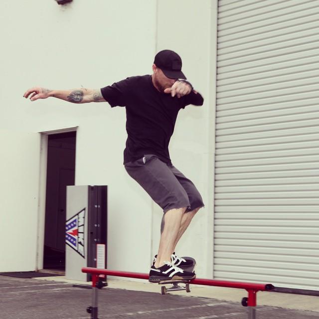 @mikevallely skating our #freshpark #grindrail #skate