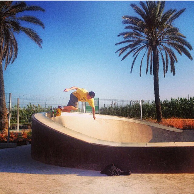 @lev_seidl37 rocking the #restlessAstrohican a few weeks back in Barcelona! #restlessboards