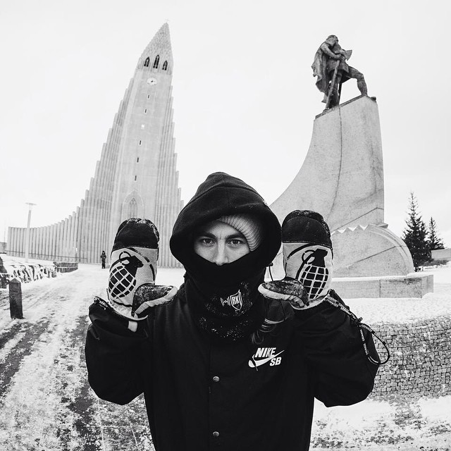 @backstromkevin  rocking the #huntermitt in Iceland filming for the next #byndxmdls episode