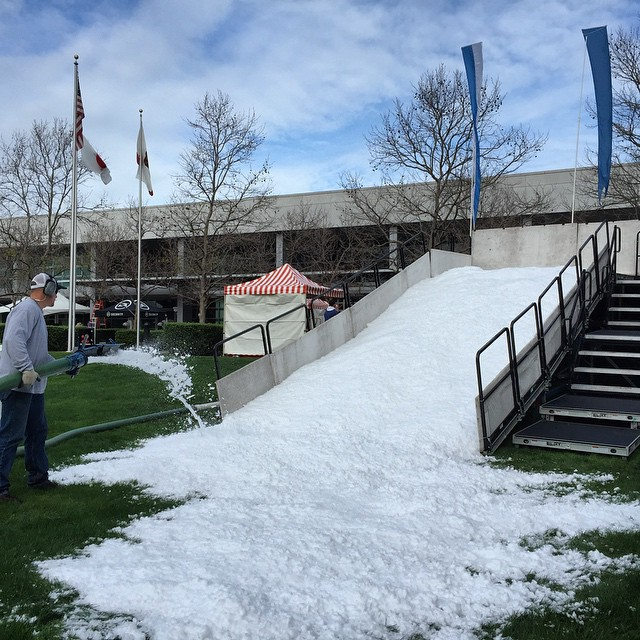 There's Snow in Redwood Shores! EA sure knows how to throw a kids holiday party! Snowball fight anyone?? #winter #holidayparty #sanfrancisco #snow #snowangel