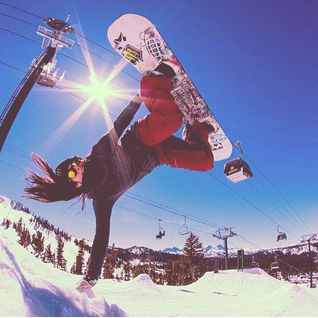 @jenisespiteri  has a more solid #handplant  than most guys!!