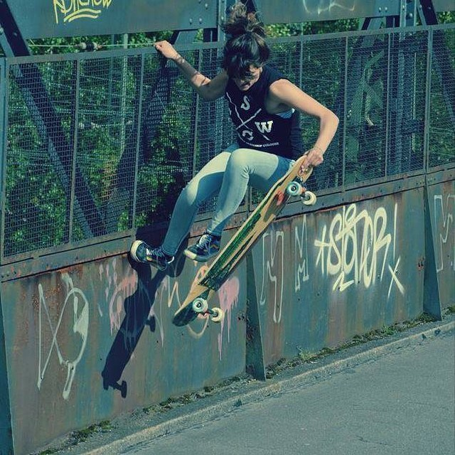 Go to www.longboardgirlscrew.com and check #LGC German rider & ambassador #DaniSchukalla's latest edit after recovering from a skate accident in 2013. Go Dani!  #longboardgirlscrew #girlswhoshred