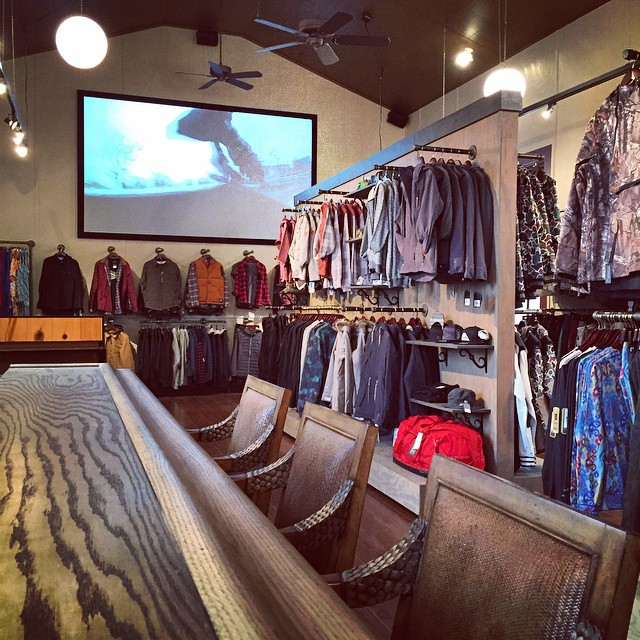 "Grab one of these seats or just come out tonight to the @soulhouseproject for ""Oil and Water"" from @armadaskis // @thenickyb says #doit"