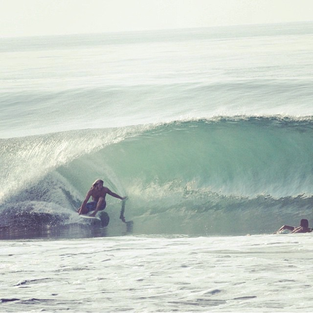 @tirebasura scoring some clean conditions. we believe on his shorty. photo by the lovely  @laurenelanobrien we miss you guys!! #awesome #awesomesurfboards #madeincalifornia #wannastayhere #surfboards #surfing#mex
