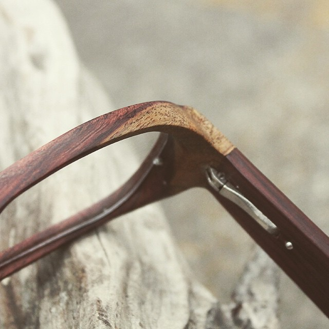 Wood grain. Spring hinge. Handcrafted details.