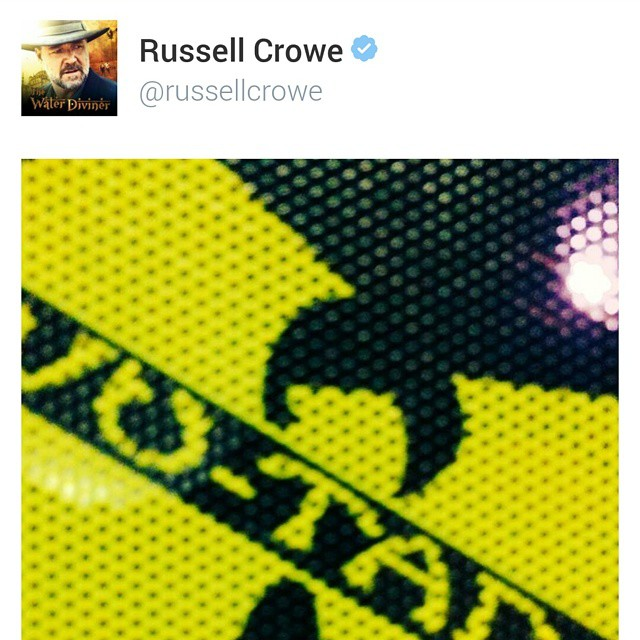 This happened! What a sweet early Christmas present #RussellCrowe #shoutout #Wutang #WuWednesday #boombotix