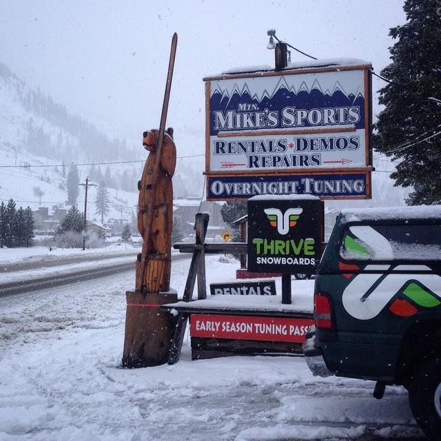 Fun times ahead for the #holidays #squawvalley #thrivesnowboards #mtnmikes #ilovesnow