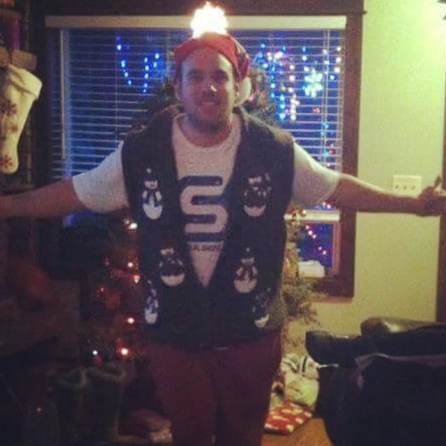 #nicesweaterbro #justsendit #montana #uglysweater #christmahanukwanzakah @zayjmad191 #montucky #sendit