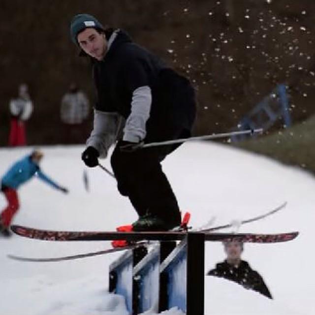#fallintowinter #perfectnorth #skiing #winterishere #shredthepark #justsendit #lineskis #ankilla #sendit http://youtu.be/FzwMPaG4hSw